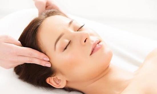 Female to Male Relaxing Body to Body Massage in Lajpat Nagar Delhi