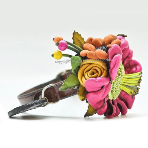 Blooming dog collar by Bitchnewyork