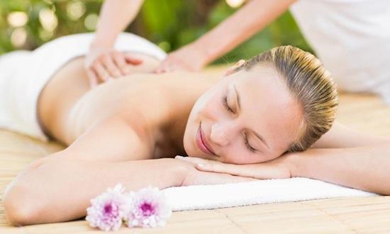Female to Male Full Body Massage Centre in Hauz Khas, Delhi/NCR