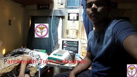 Book the low cost Medilift Train ambulance services in Delhi