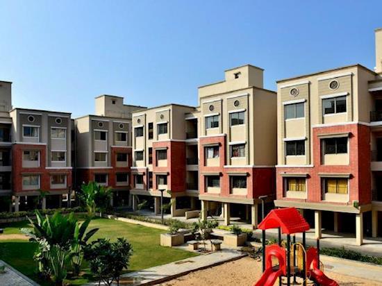 1 & 2 BHK Lifestyle Apartment For Sale - Parshwanath Atlantis Park