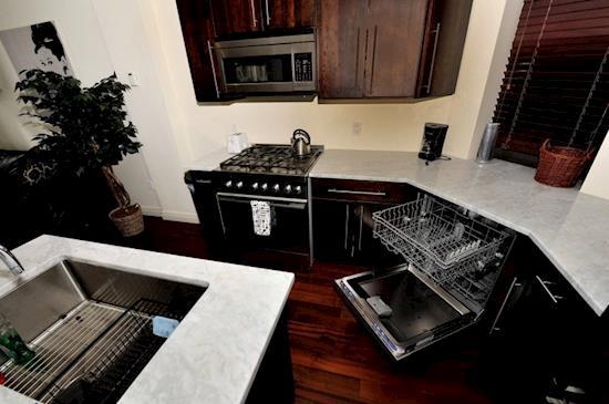 NYC | 3 BHK Apartment Rental NYC | (212) 913-0613