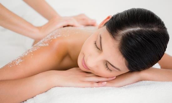 Female to Male Body Massage Centre in Saket Delhi
