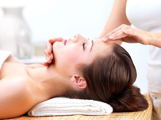 Best Day Spa & Body Massage Centers in Saket Delhi