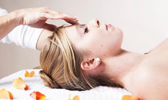 Female to Male Full Body to Body Massage Service in Delhi