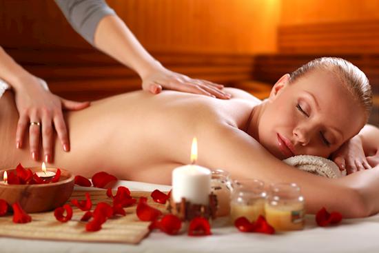 Best Female to Male Body Massage Service in Saket Delhi