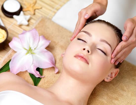 Full Body to Body Massage Parlour in South Delhi