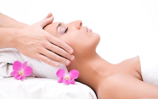 Professional Complete Body Massage Centre in Lajpat Nagar Delhi