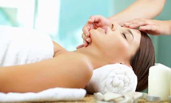 Female to Male Body Massage Center in Gurgaon