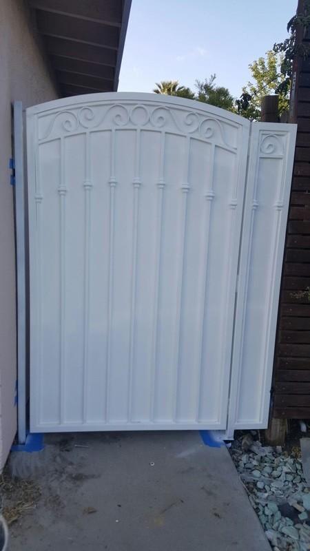 Garage Door & Gate Repair- The Best Service in West Hollywood - 818-919-9726