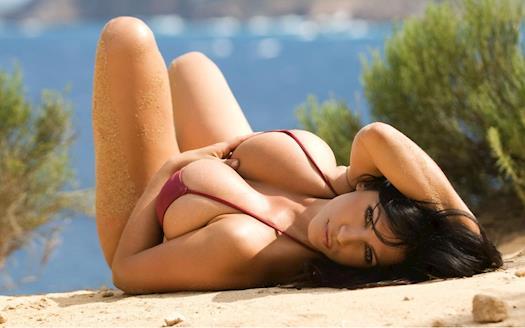 Ultra Sexy Natalya Dsouza Celebrity Goa Escorts