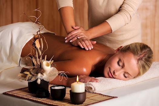 Chiropractic massage therapist