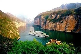 Magnificent Yangtze  Cruise Tour with Bullet Train