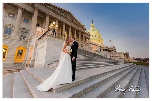 Pick a stylish Wedding Photographer in Virginia