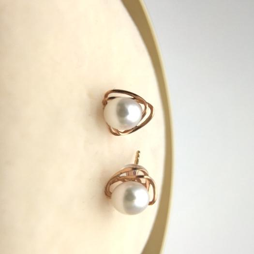Shop luxury pearl earrings online Canada