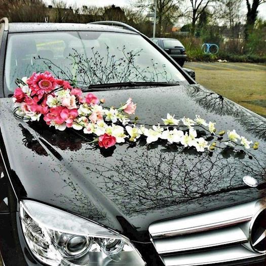 Grab Stylish Luxury Wedding Car In Chelmsford