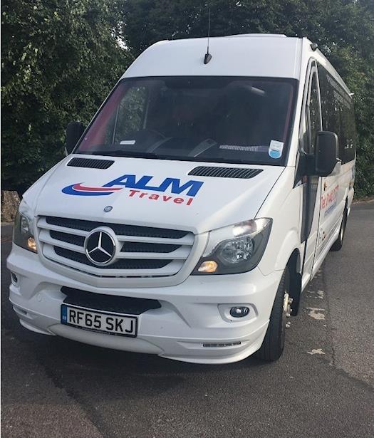 Minibus Hire Hemel Hempstead
